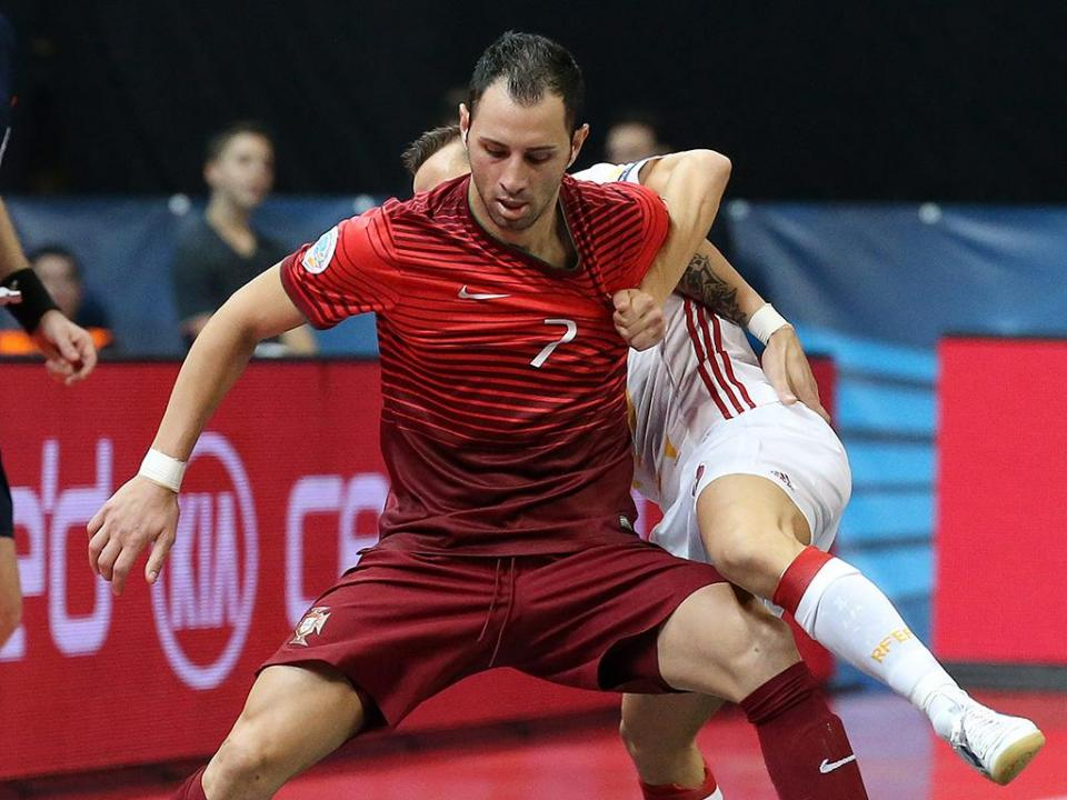 Futsal: Portugal empata com a Ucrânia no regresso de Cardinal