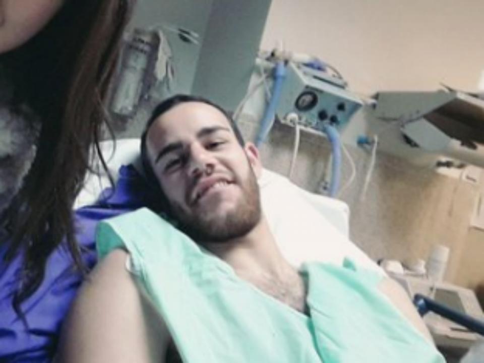 Médico na bancada salva jogador em Espanha