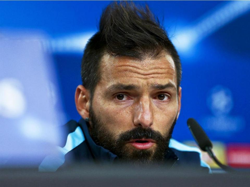 VÍDEO: Danny marca golaço mas Zenit falha a Champions