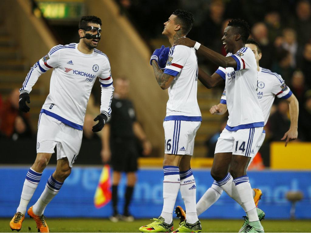 Kenedy é dispensado da pré-temporada do Chelsea — Jornais