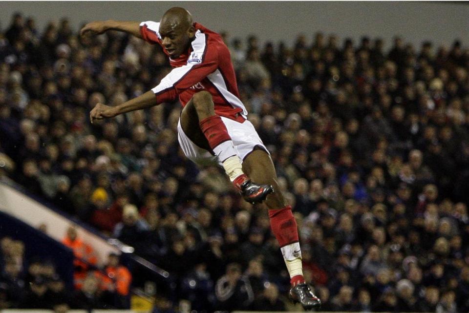 A falar de lesões, Abou Diaby dá uma goleada a Robben