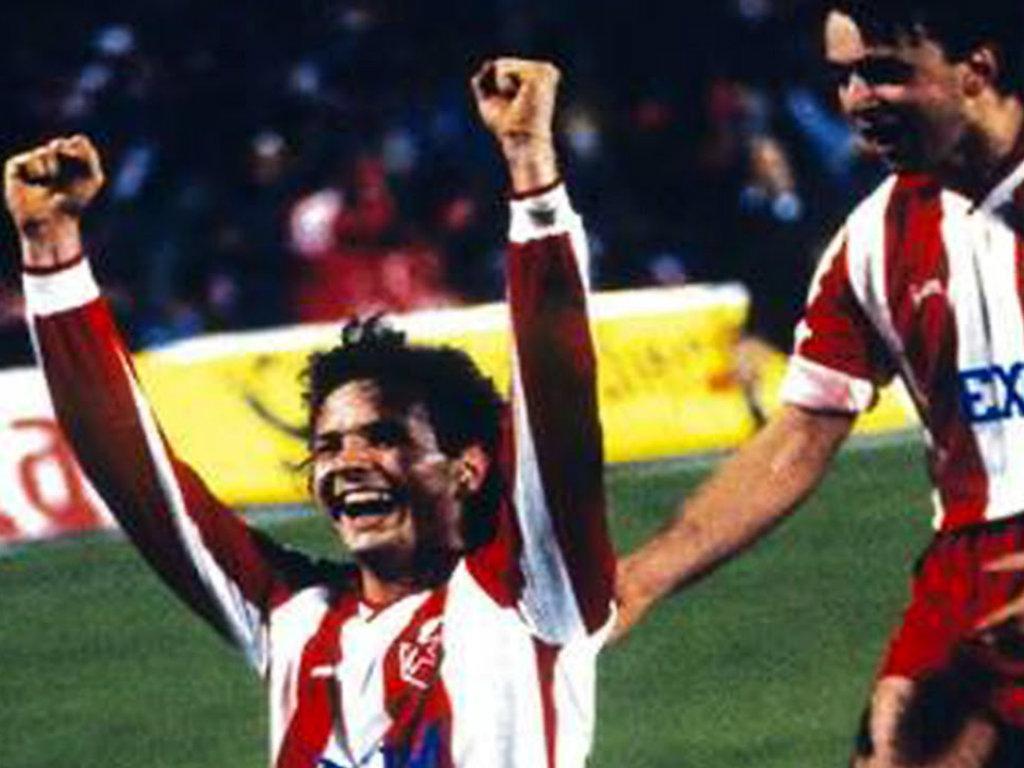 1991: Estrela Vermelha-Bayern, drama, frangos, cheiro a guerra e o fim da história