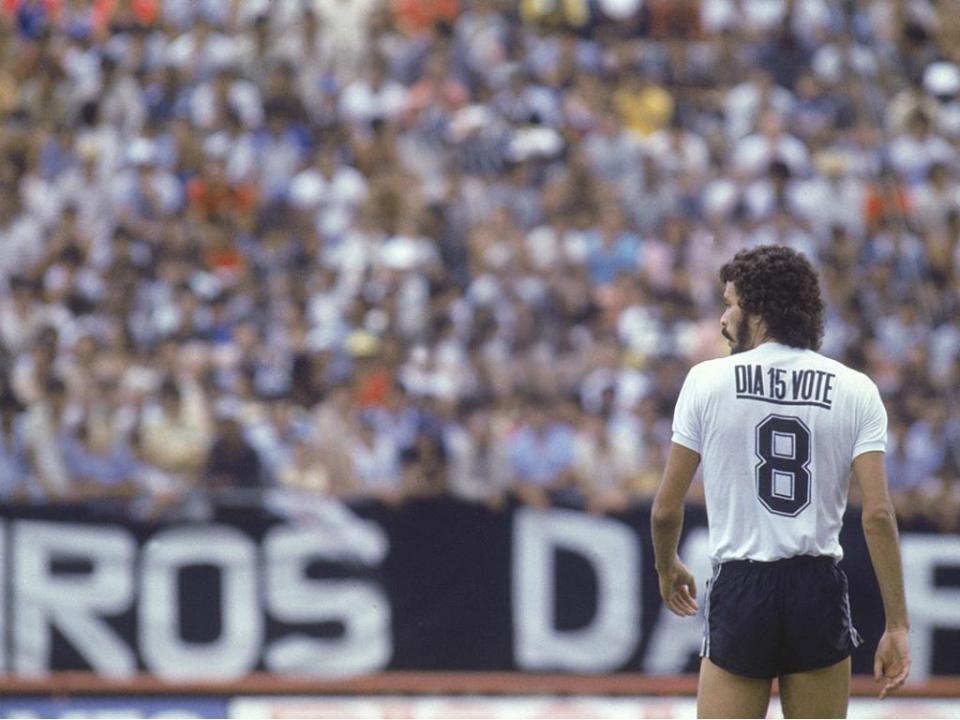 O Brasil precisa de muitos Sócrates