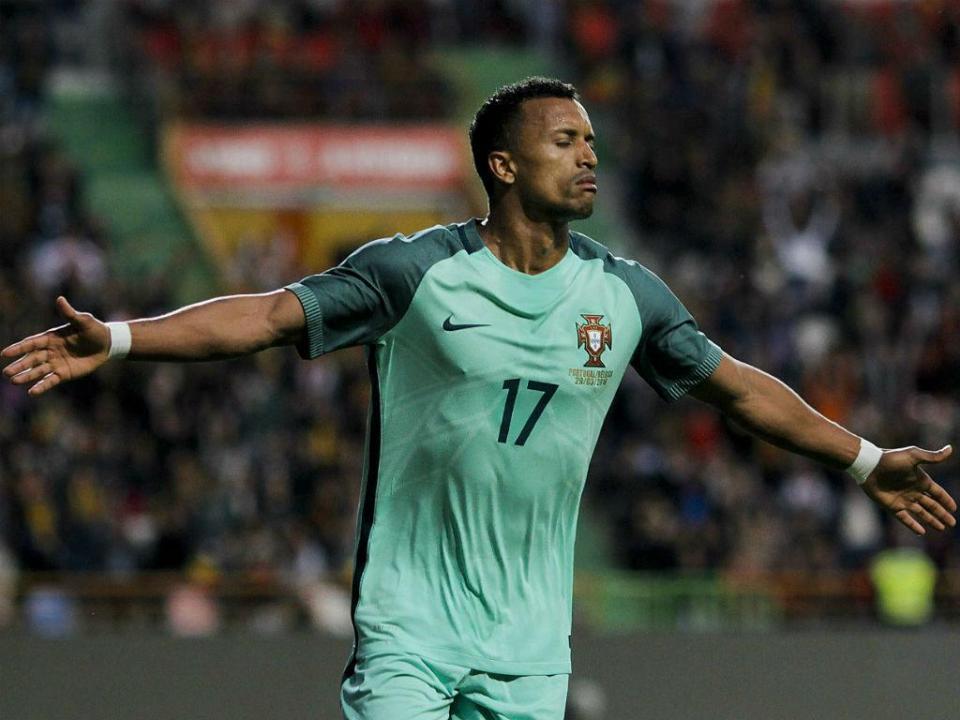 OFICIAL: Nani regressa ao Sporting