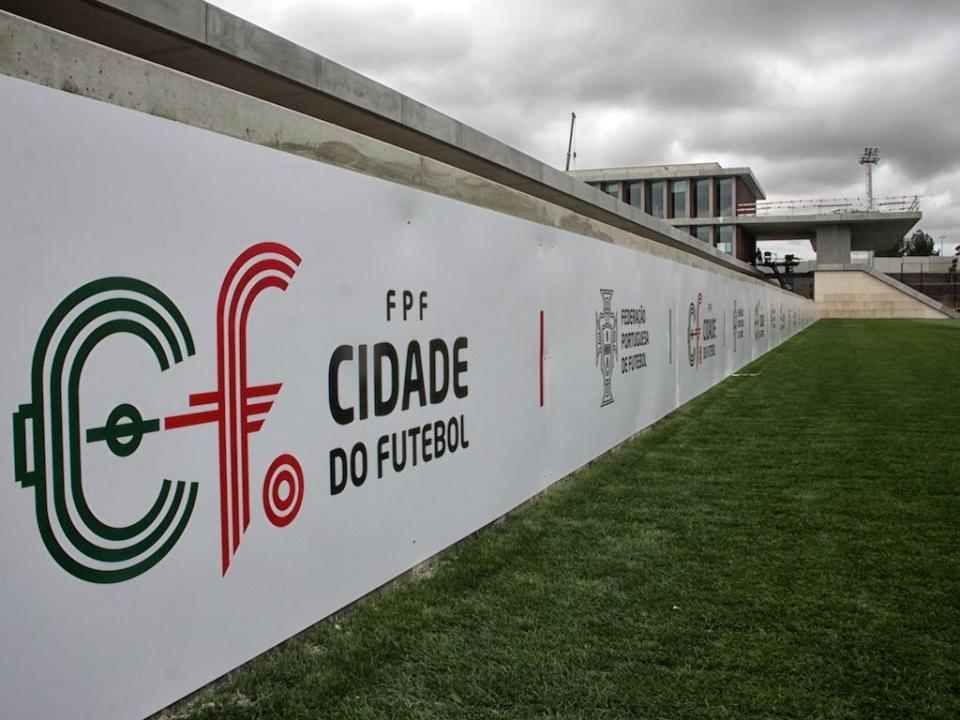 Federação anuncia queixa à PGR e PJ por alegada partilha de documentos internos