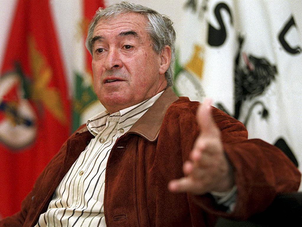 Craque, campeão e referência: o adeus a Fernando Mendes