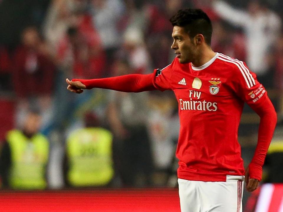 Raul Jimenez: «Os adeptos do Benfica deixam-me de coração cheio»