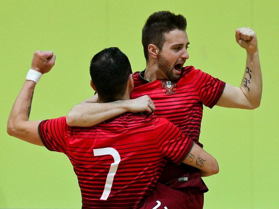 Futsal: Portugal goleia Finlândia e está perto para Euro 2018