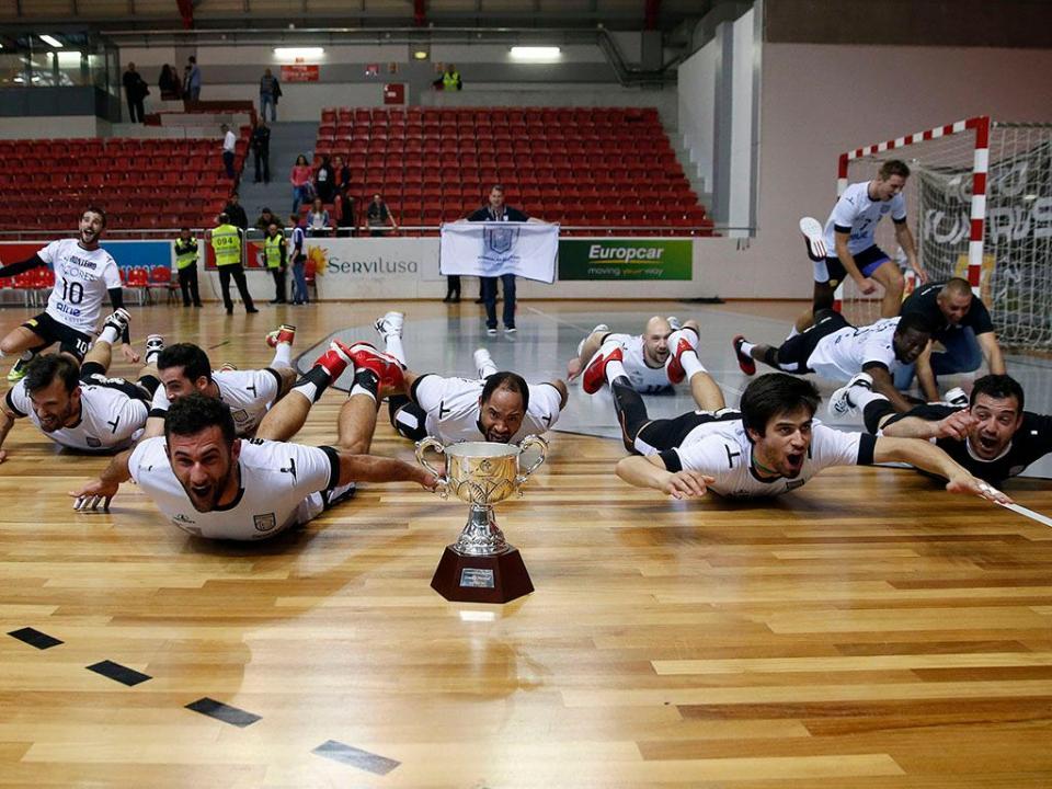Voleibol: Fonte do Bastardo entra a vencer no campeonato