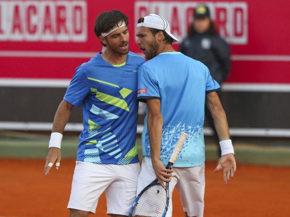 Open Brasil: Sousa e Elias afastados em pares