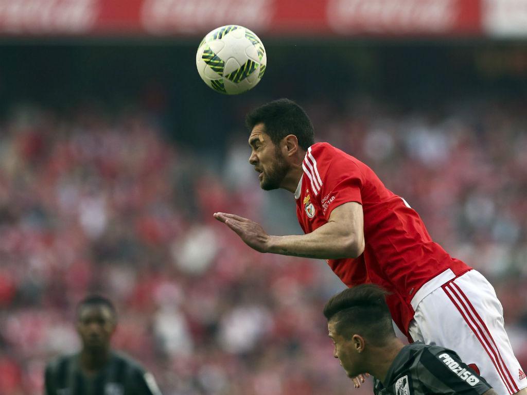 Benfica: Jardel vai parar seis semanas por lesão ligamentar no joelho