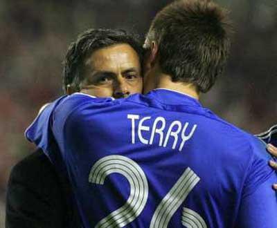 Jogadores do Chelsea não querem o regresso de Mourinho