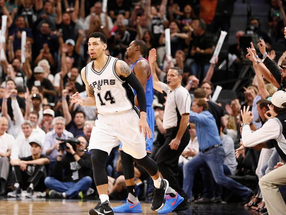 NBA: Spurs metem a quinta em Toronto