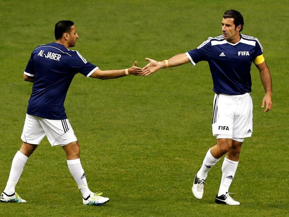 Figo, Baía e Nuno Gomes abrilhantam jogo de estrelas da UEFA