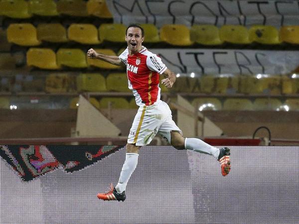 Mónaco dispensa Ricardo Carvalho