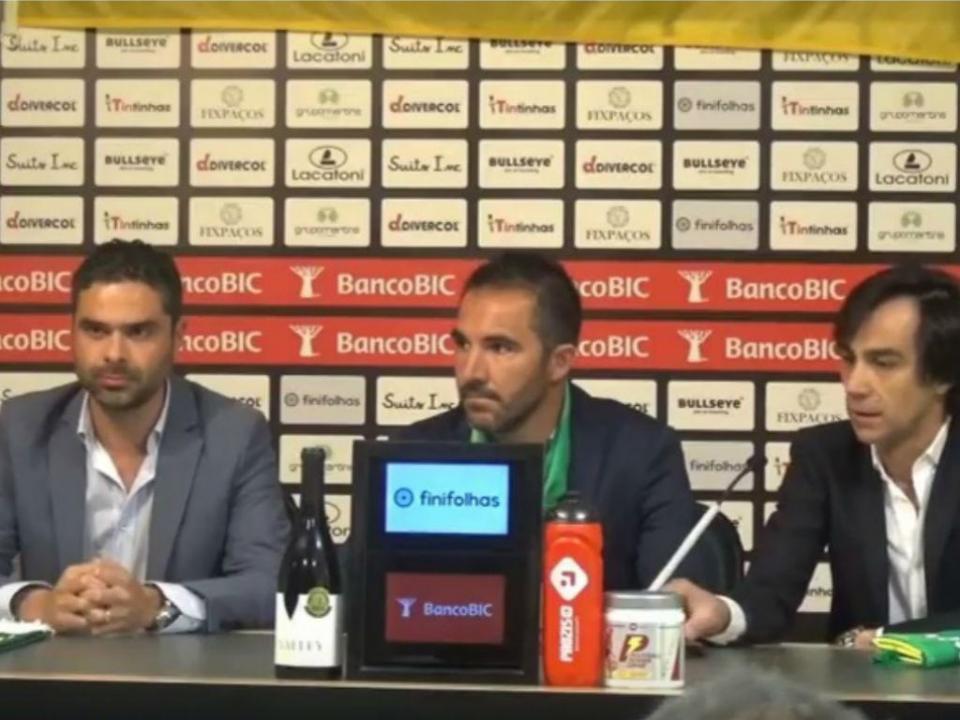 OFICIAL: Carlos Pinto é o novo treinador do Paços de Ferreira