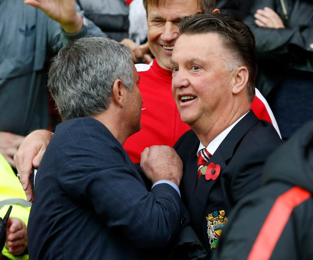 Van Gaal ataca Mourinho: «Prefiro ver os jogos do Manchester City»