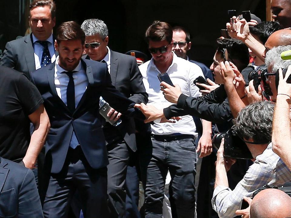 Espanha: Supremo confirma pena de 21 meses de prisão para Messi