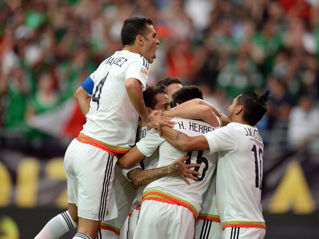 VÍDEO: golaço de Herrera na vitória do México sobre Trinidad e Tobago