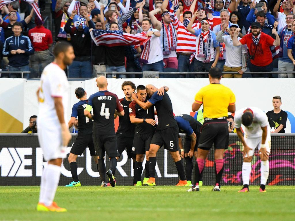 A pior decisão da história: islândes decidiu jogar pelos EUA para ir ao Mundial