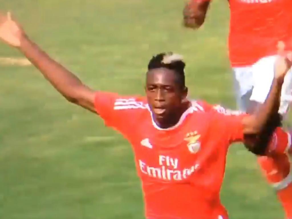 Mercado: Jovem dos juniores do Benfica vai render 20 milhões