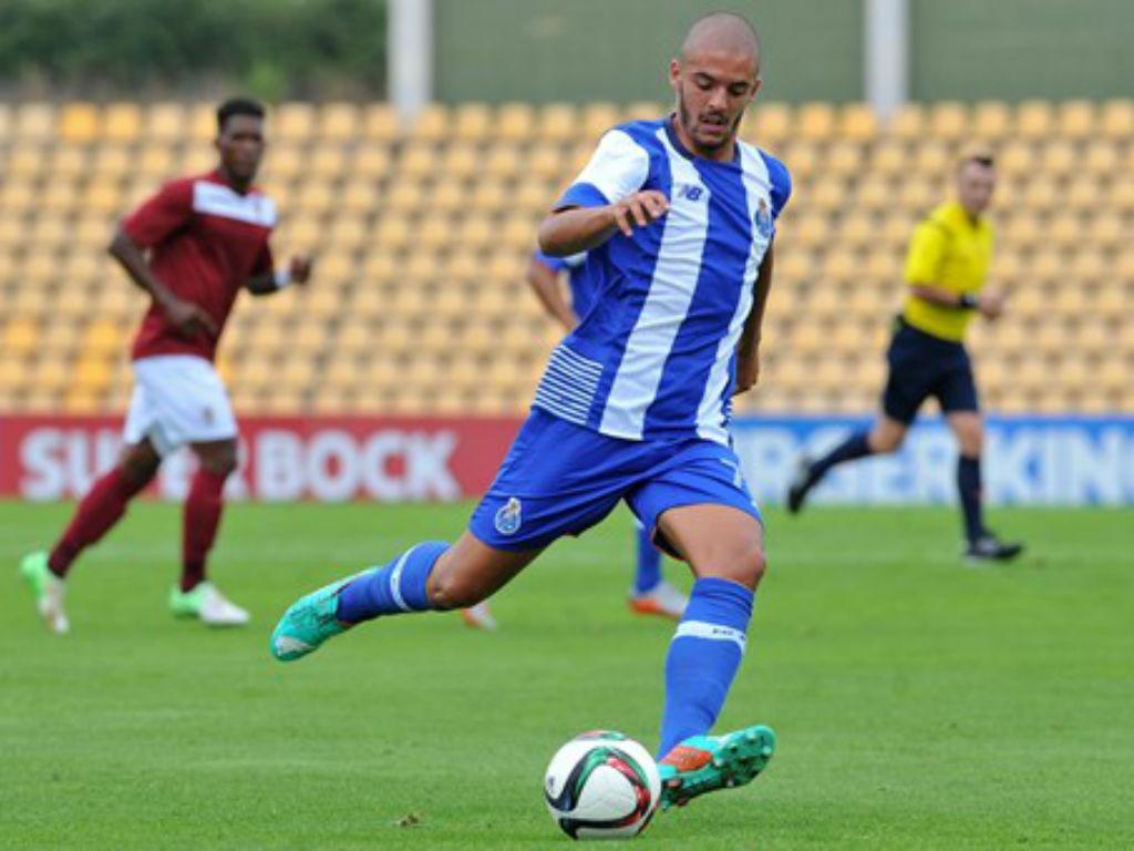 OFICIAL: Saragoça recruta Verdasca ao FC Porto
