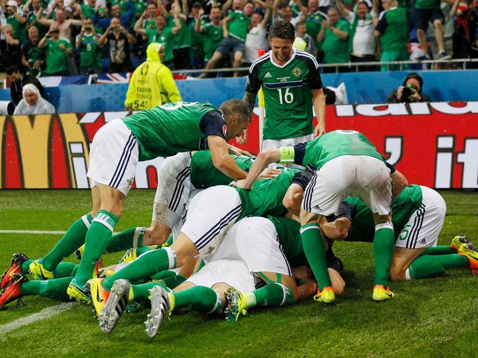 Euro 2016: Ucrânia-Irlanda do Norte, 0-2 (resultado final)