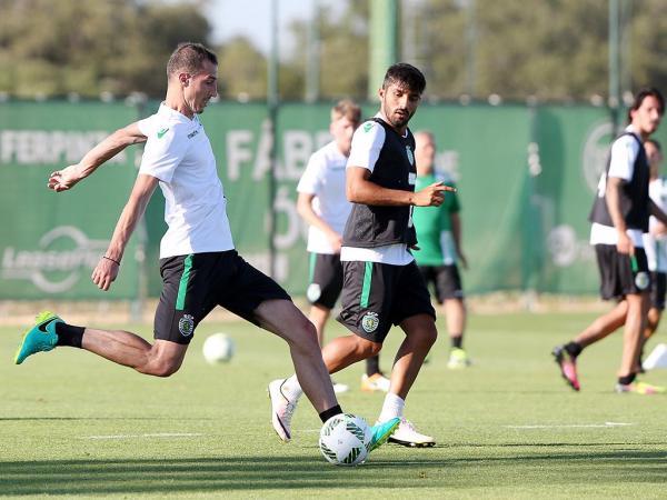 Sporting: particular na Hungria também com jogadores da A