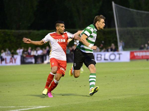 Sporting perde 4-1 com o Mónaco com bis de Falcao