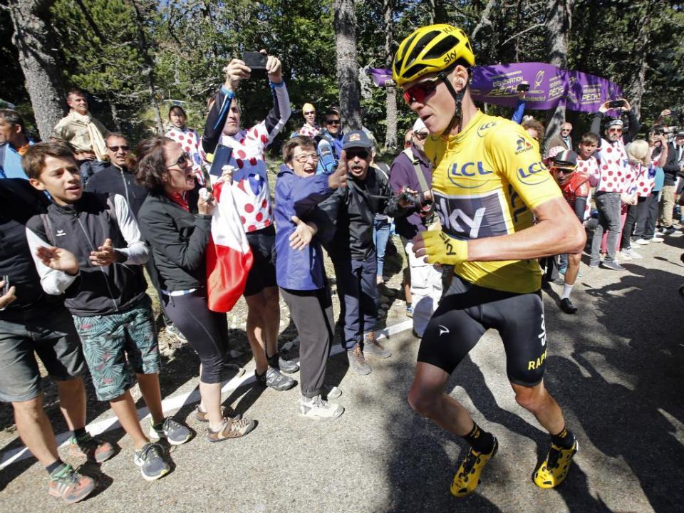 UCI comenta na próxima semana possível exclusão de Froome do Tour