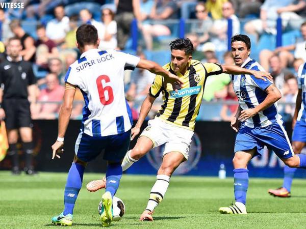Vitesse-FC Porto, 1-2 (resultado final)