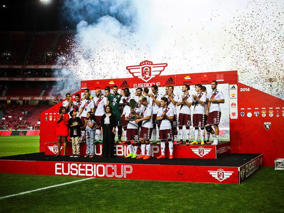 Benfica: Eusébio Cup frente ao Lyon no Algarve