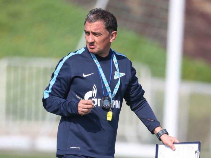 Sporting renova contrato com treinador Luís Martins
