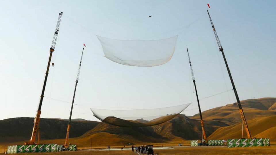 Primeiro homem a saltar 25 mil pés...sem paraquedas!