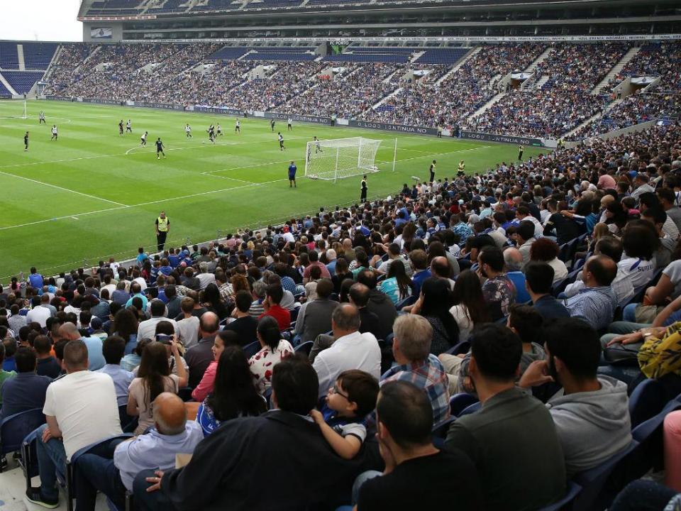 FC Porto-V. Setúbal a caminho de casa cheia