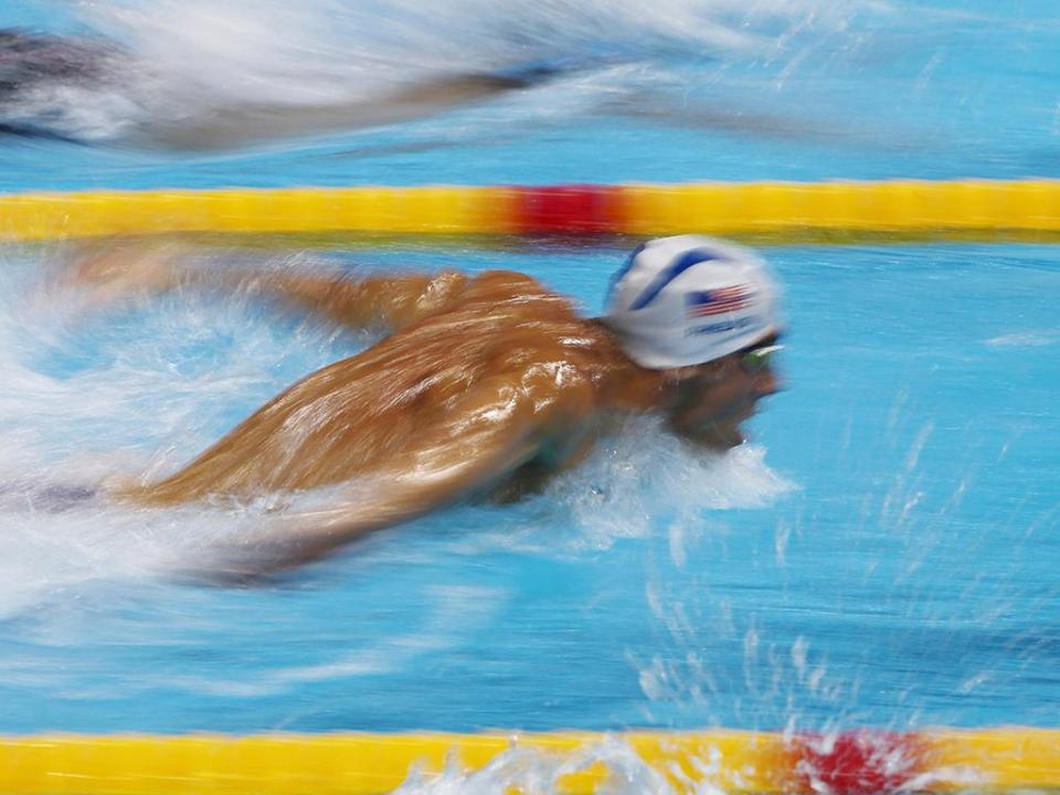 Phelps (e mais dois!) de prata nos 100 metros mariposa, ganha nadador de Singapura
