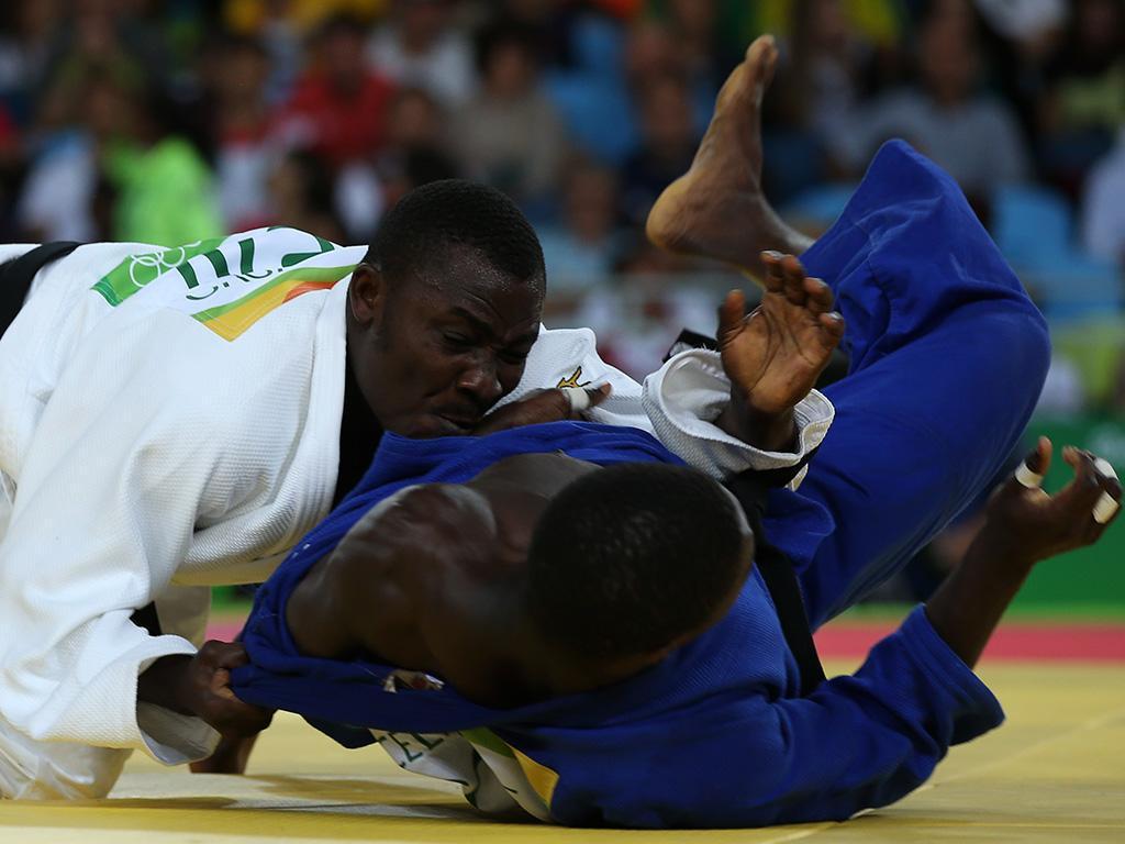 Judo: Célio Dias interrompe carreira por «questões de saúde»