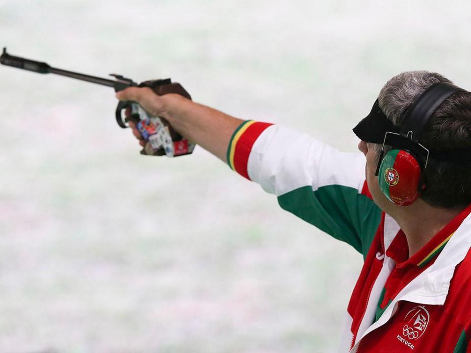 Europeu de Tiro: medalha de bronze para João Costa