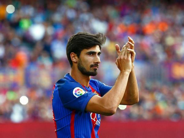 André Gomes entre os convocados do Barcelona para a Champions