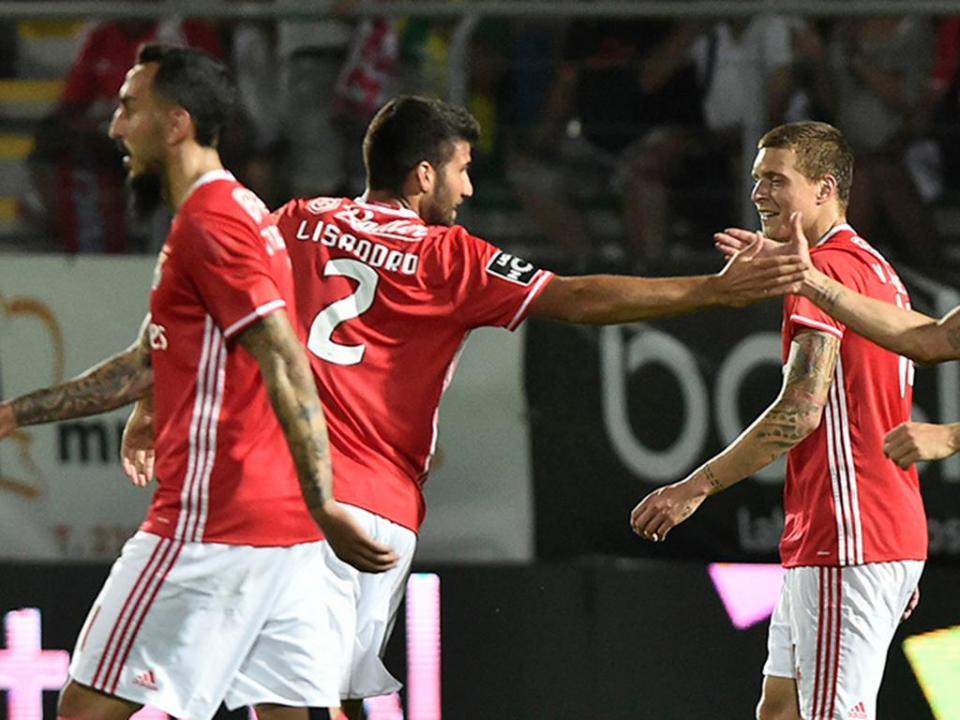 Tondela-Benfica, 0-2 (crónica)