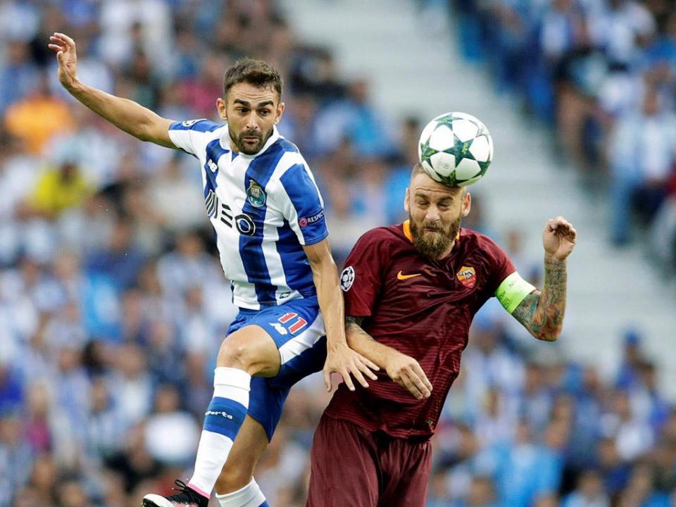 VÍDEO: Adrián López bisa em Vila Real