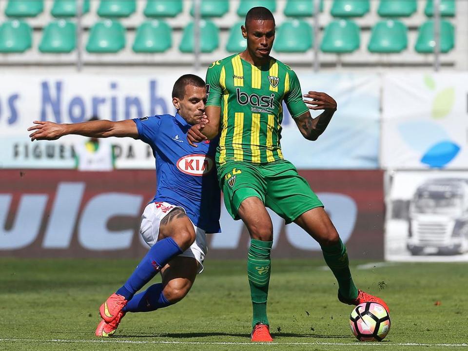 Belenenses empresta Andric a clube lituano