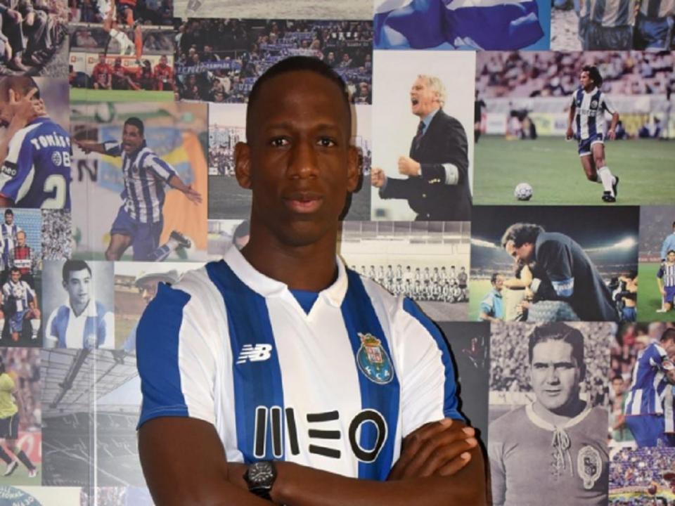 FC Porto confirma: Wolves já exerceu opção sobre Boly