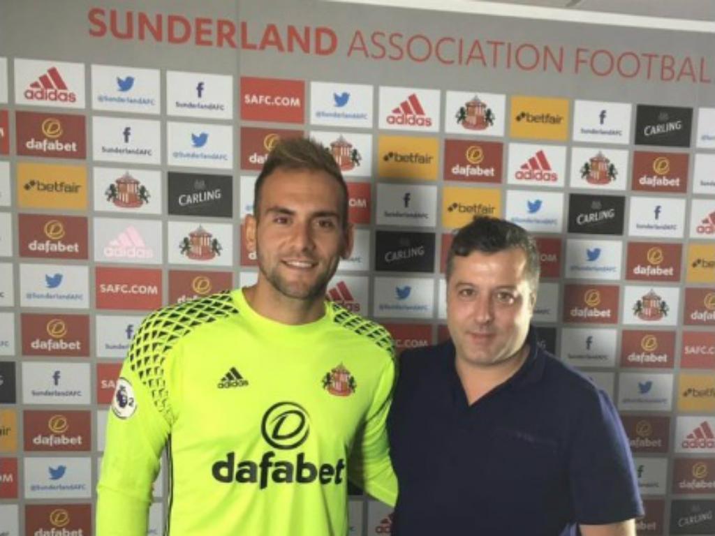 Mika rescinde com o Sunderland sem ter feito um jogo