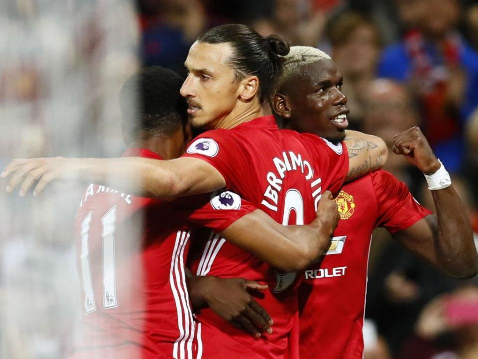 Pogba para Zlatan: «Digo para jogares futebol e tu vês Jackie Chan»