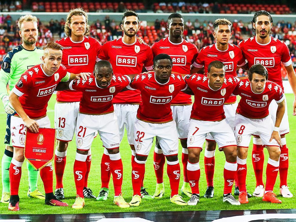 OFICIAL: Standard Liège de Sá Pinto renova com guarda-redes de 38 anos