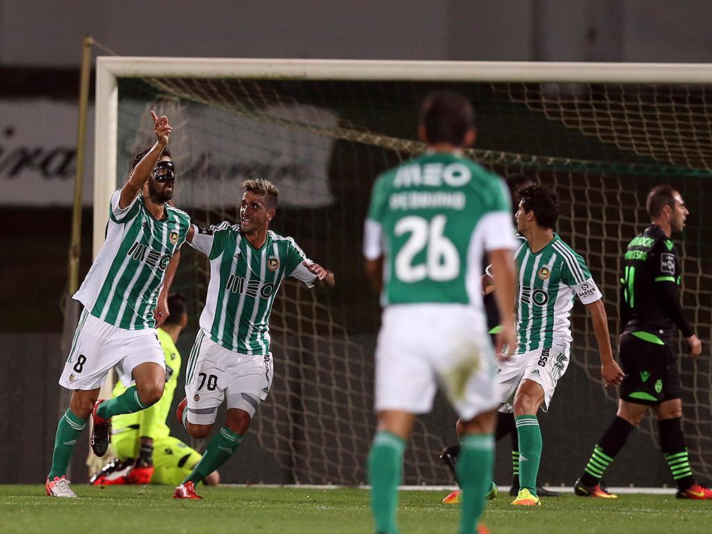 Miguel Cardoso vê Sporting diferente do Benfica que o Rio Ave travou