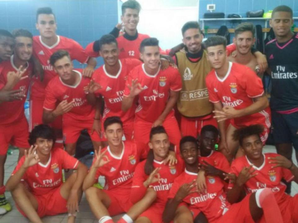 Benfica: equipa de juniores participa na Durban International Cup