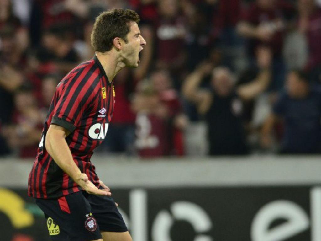 Bruno Pereirinha regressa a Portugal para jogar no Belenenses