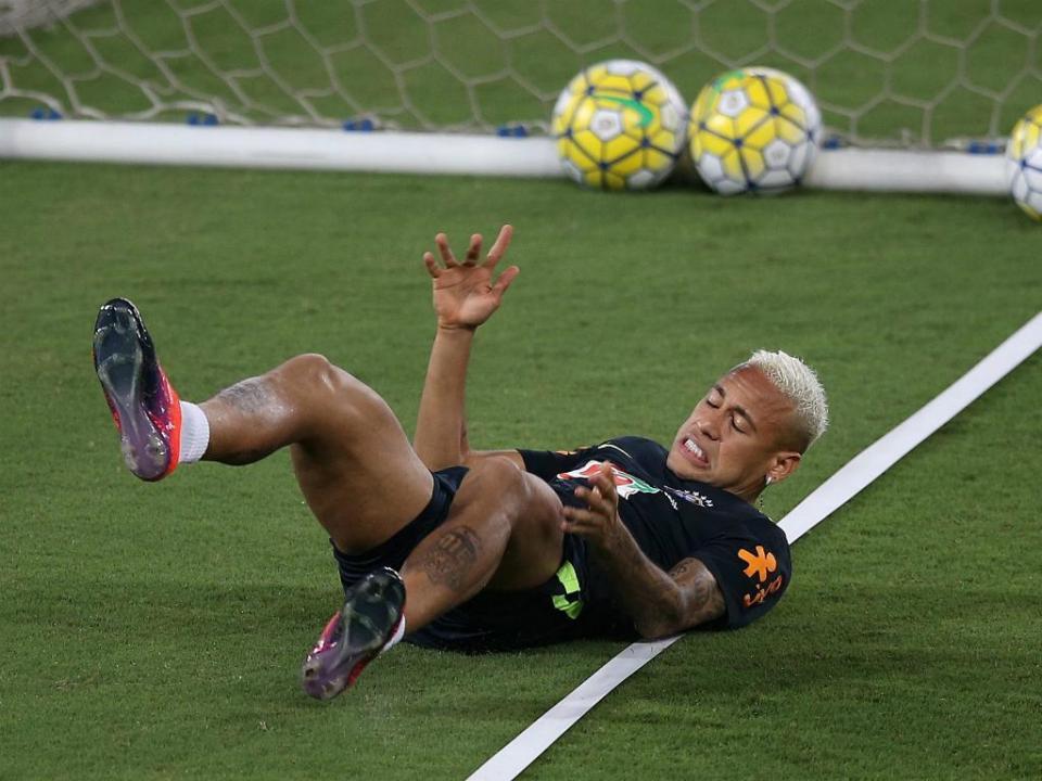 «Vamos ter que dar umas boas pancaditas no Neymar»